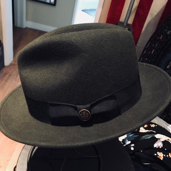 9b7eab2b621 Goorin Bros. Other - Goorin Bros. Olive Green Fedora Style Hat SZ XL